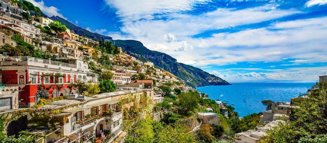 Naples & the Amalfi Coast Travel Guide